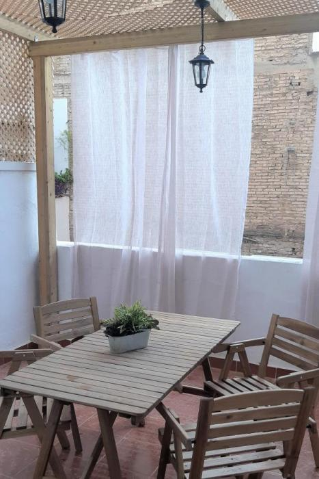 Apartment with terrace in Valencia