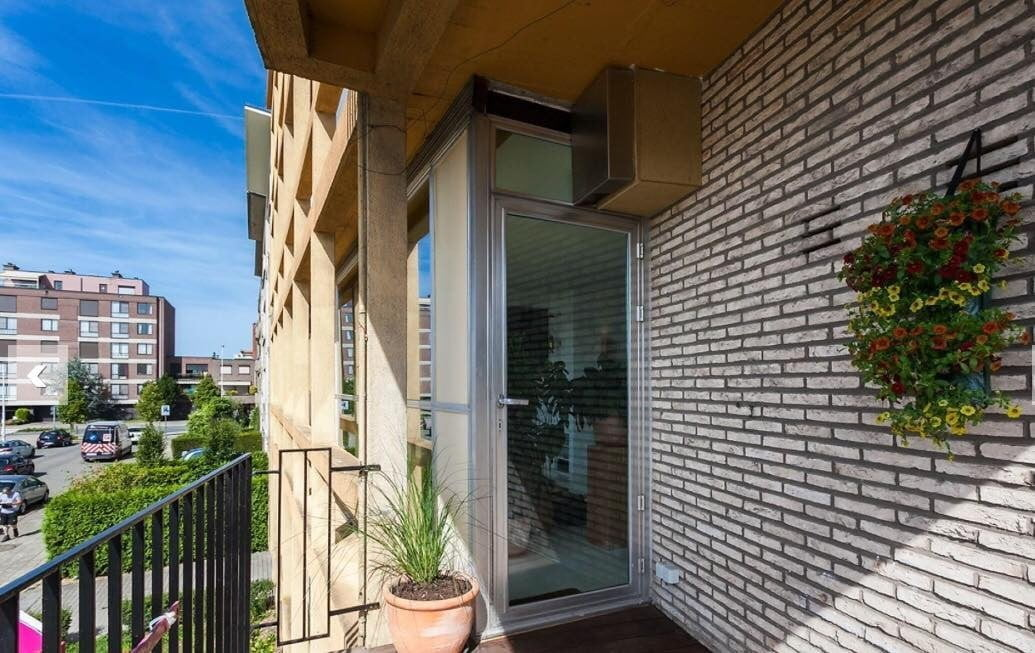 terrace Studio in Antwerp for expats near the port