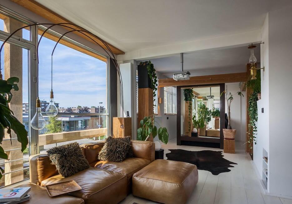 living room studio loft for expats near Antwerp port (5)