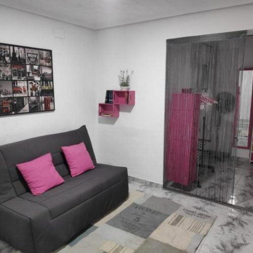 Sunny rental apartment in En Corts Valencia