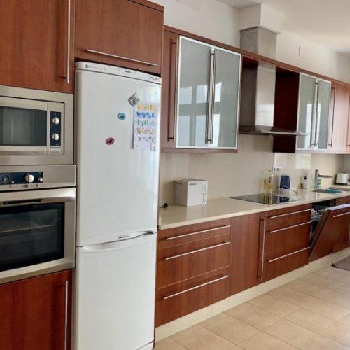 Amplio apartamento para expats en Canovas