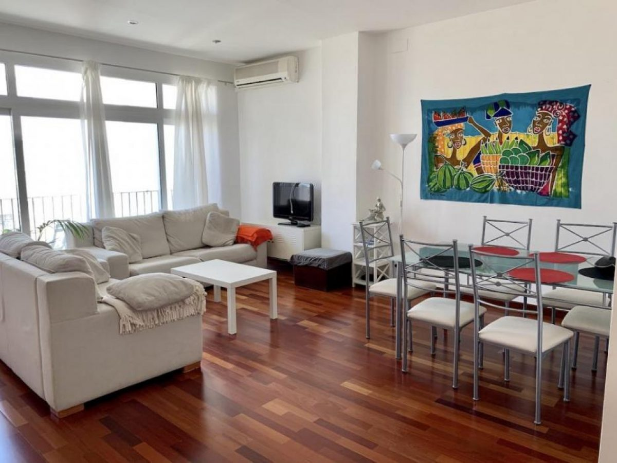 Bright rental in Canovas Valencia