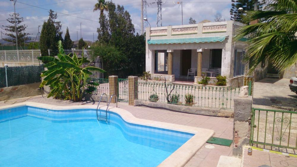 House for rent in Elche with pool
