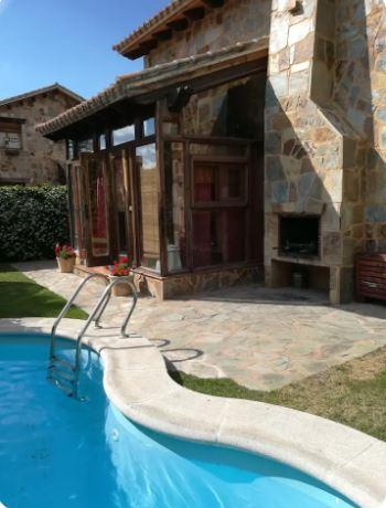 Beautiful house for rent in Madrid mountains