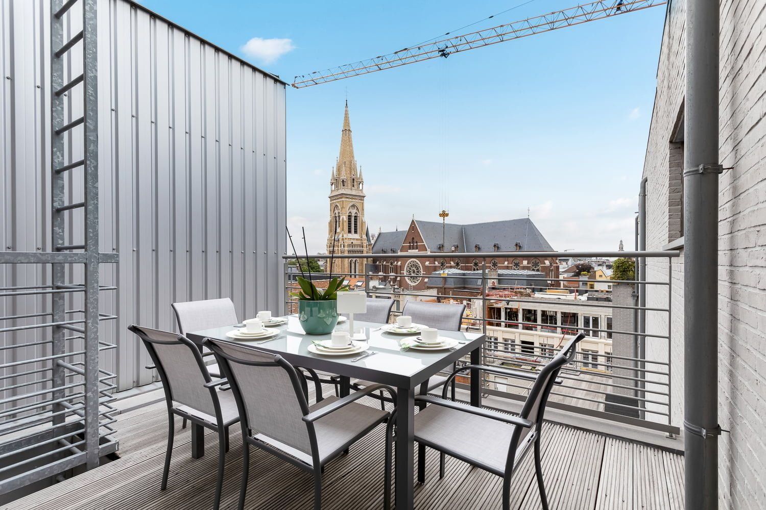 Luxury penthouse in Antwerp for expats
