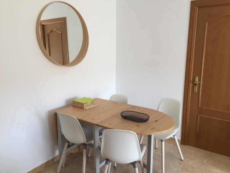Beautiful Valencia beach apartment for rent
