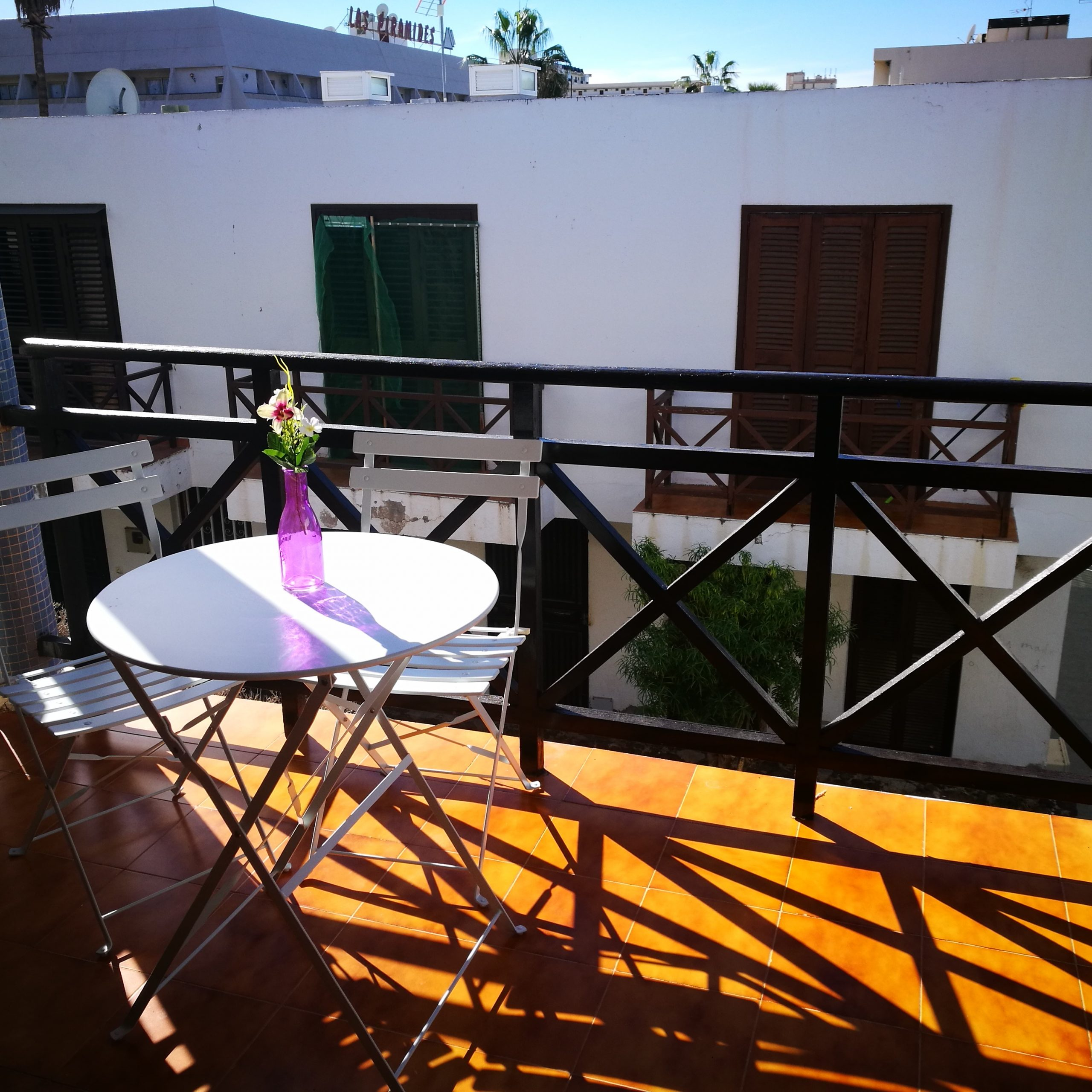 2 bedroom terrace house in Tenerife for expats