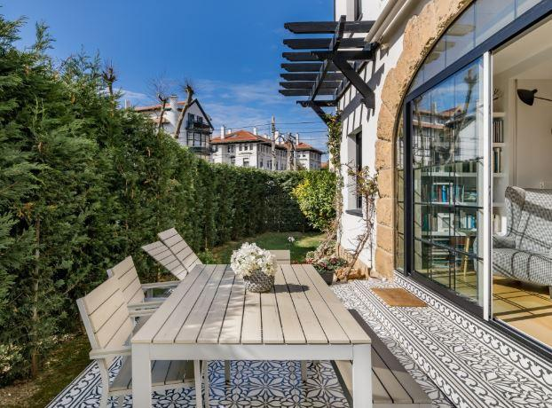 Getxo apartment for expats with garden