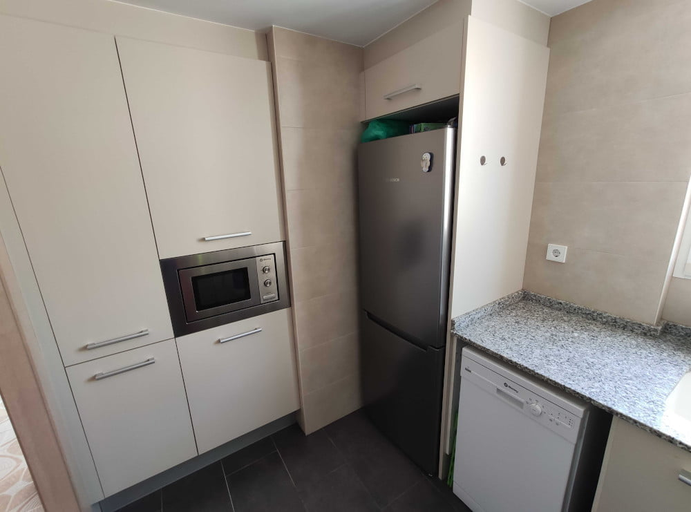 Furnished 3 bedroom apartment in Valencia