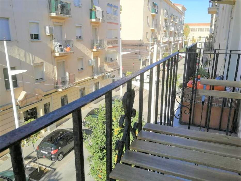 Expat apartment for rent near Valencia beach