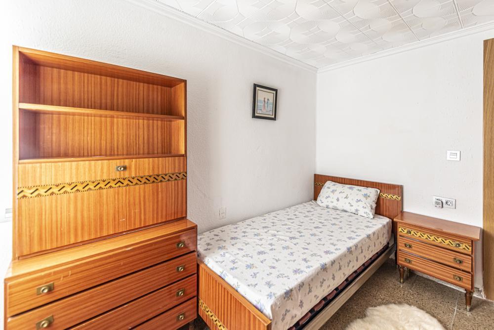 Enorme apartamento para expats junto a la ciudad de las artes