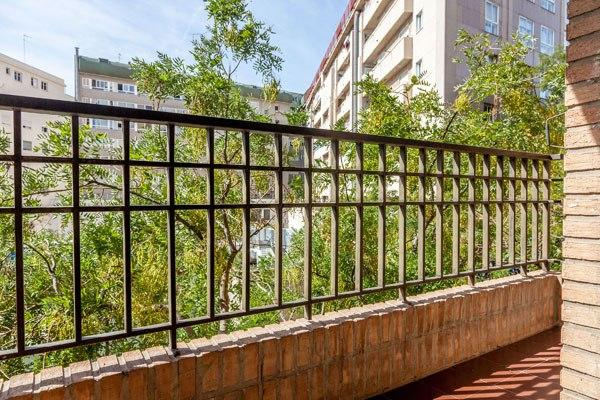 Apartment with balcony in Valencia