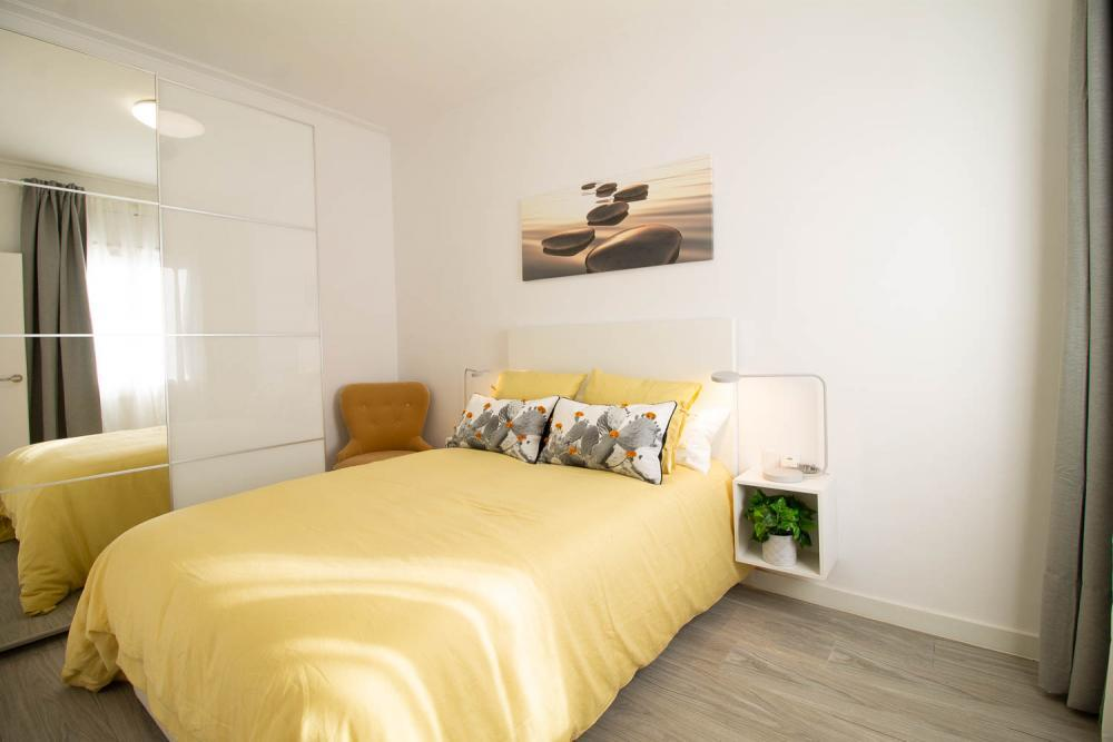 Bright short term rental in Barcelona for expats