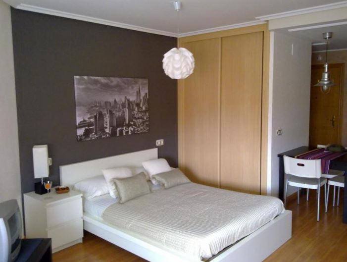 studio for expats in Oviedo