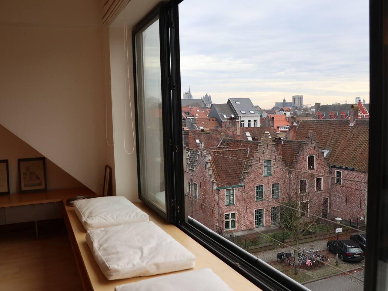 Nice expat loft in Ghent