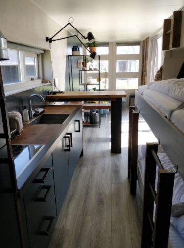 Marcontainer - Home for expats at Ijmuiden Beach