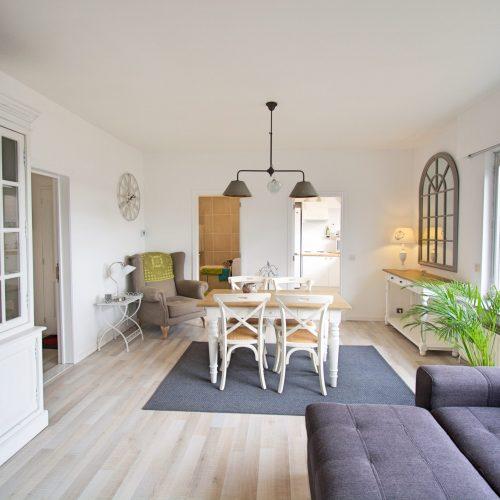Prins - Modern expat flat near Antwerp