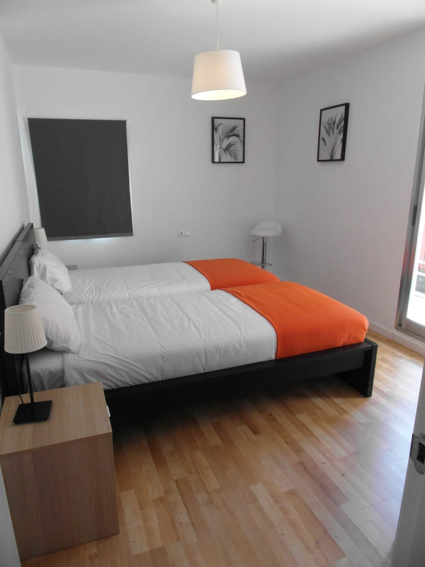 Teatre 5 - Furnished beach apartment for expats in Valencia