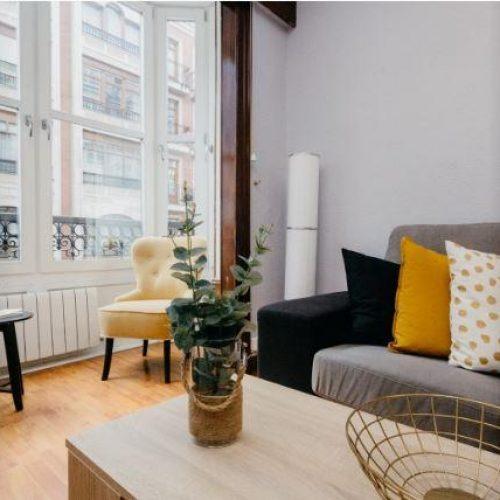 Azkuna - Expat apartment with balcony in Bilbao