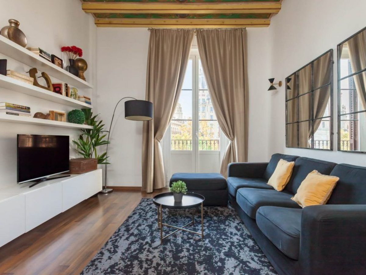 2 bedroom luxury apartment in Barcelona