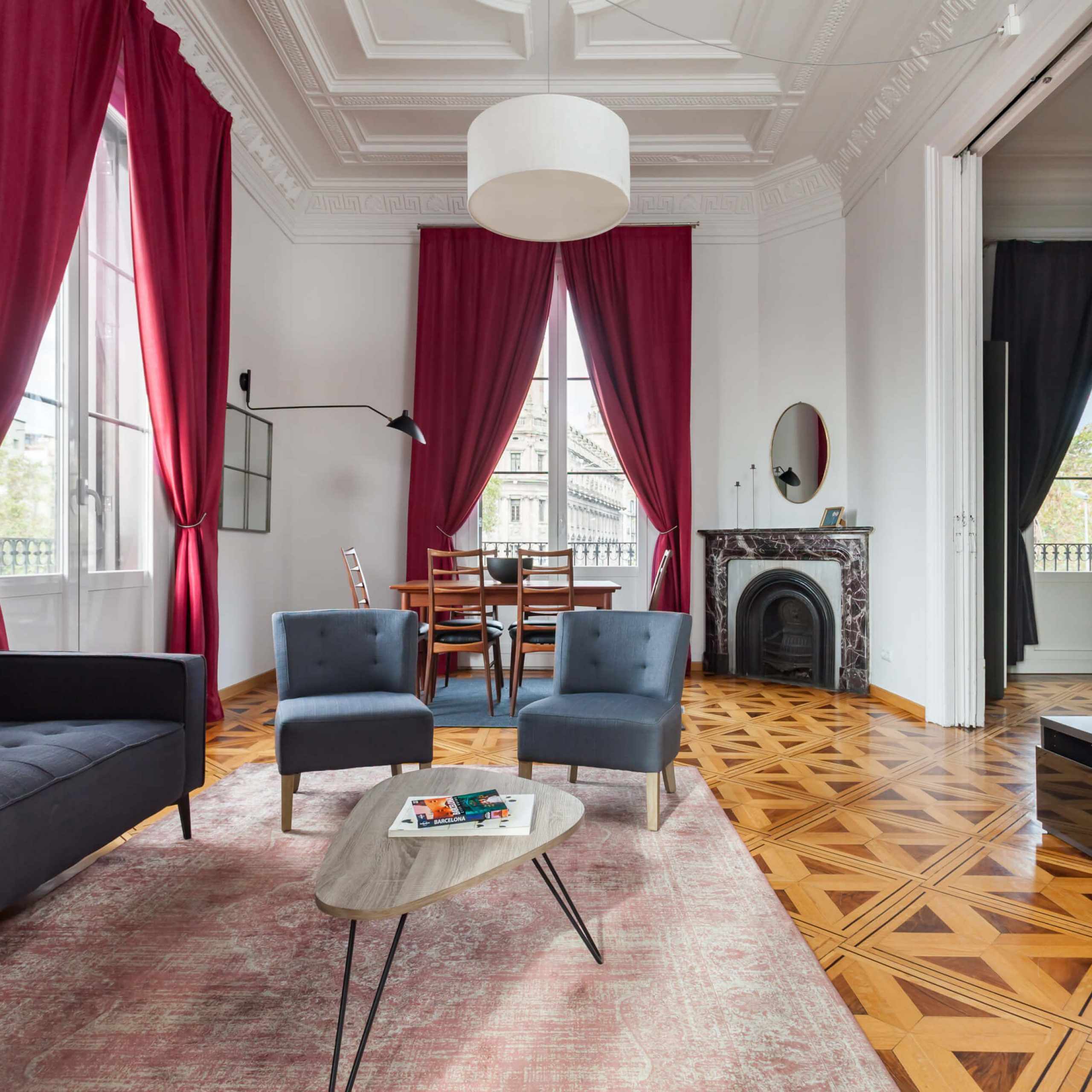 Luxury furnished apartment in Barcelona