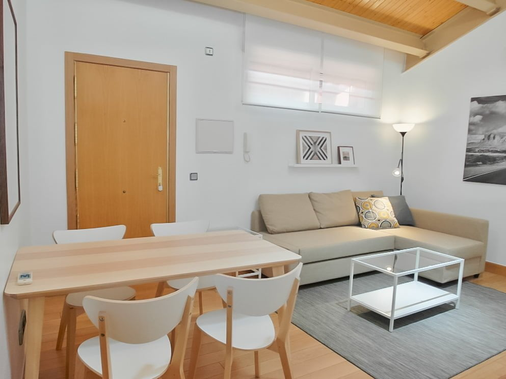 Furnished apartment for expats in Madrid