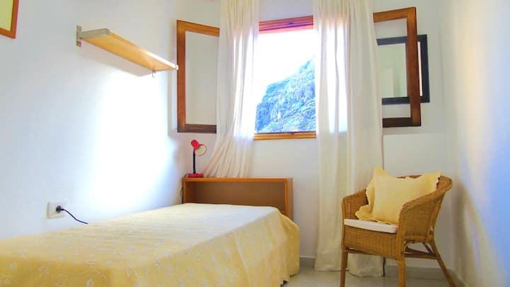 Lourdes - Expat apartment with terrace on Tenerife