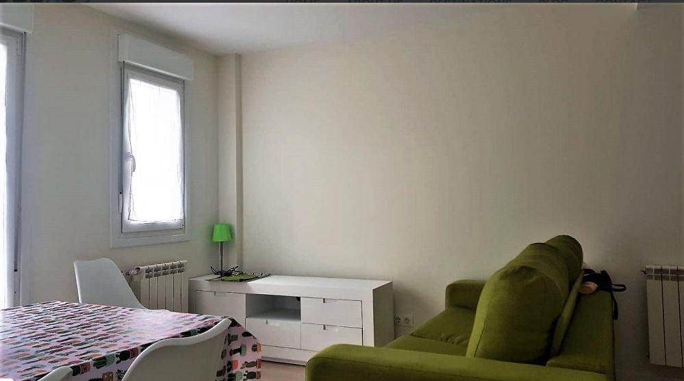 Perez Galdos - Modern expat flat in Santander