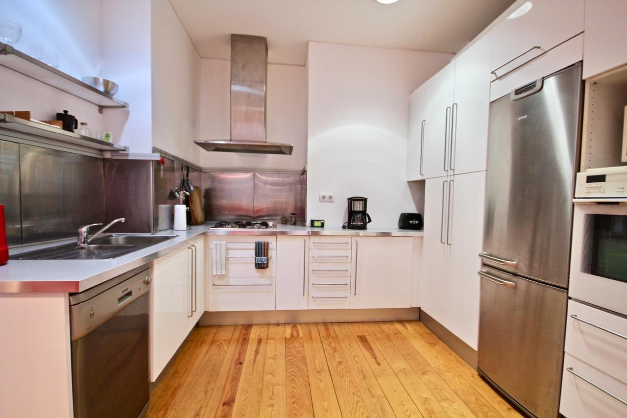 Carmo - Cozy flat for expats in Lisbon