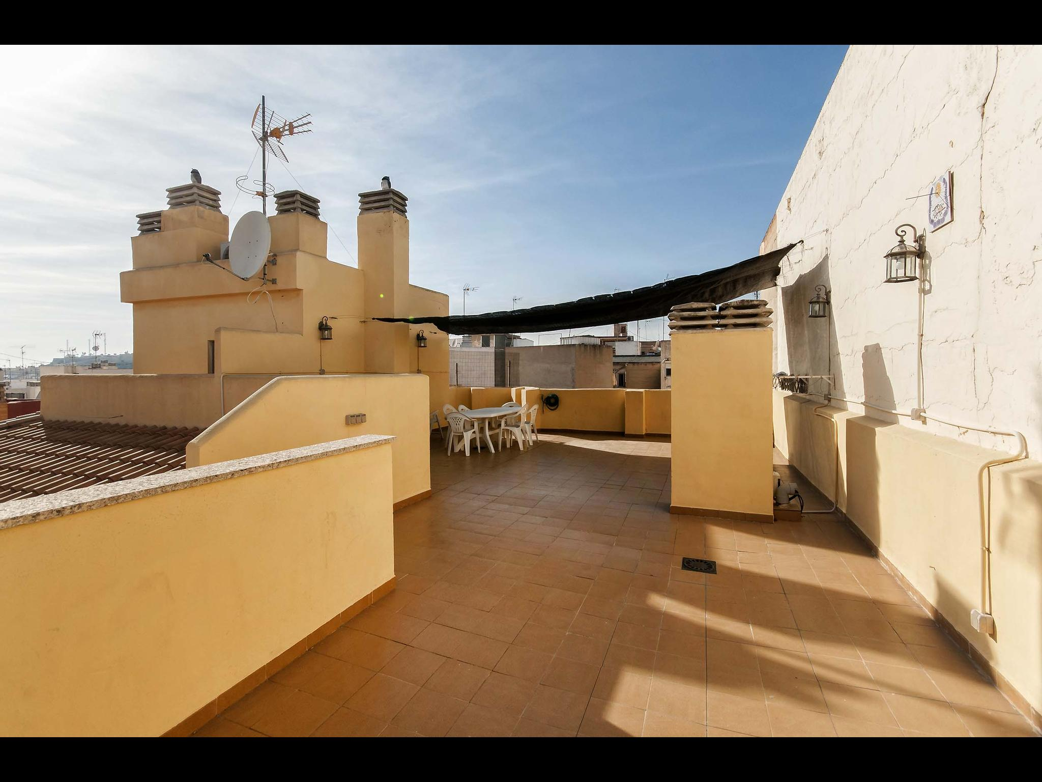 Bergez - Bedroom in a shared penthouse in Alicante