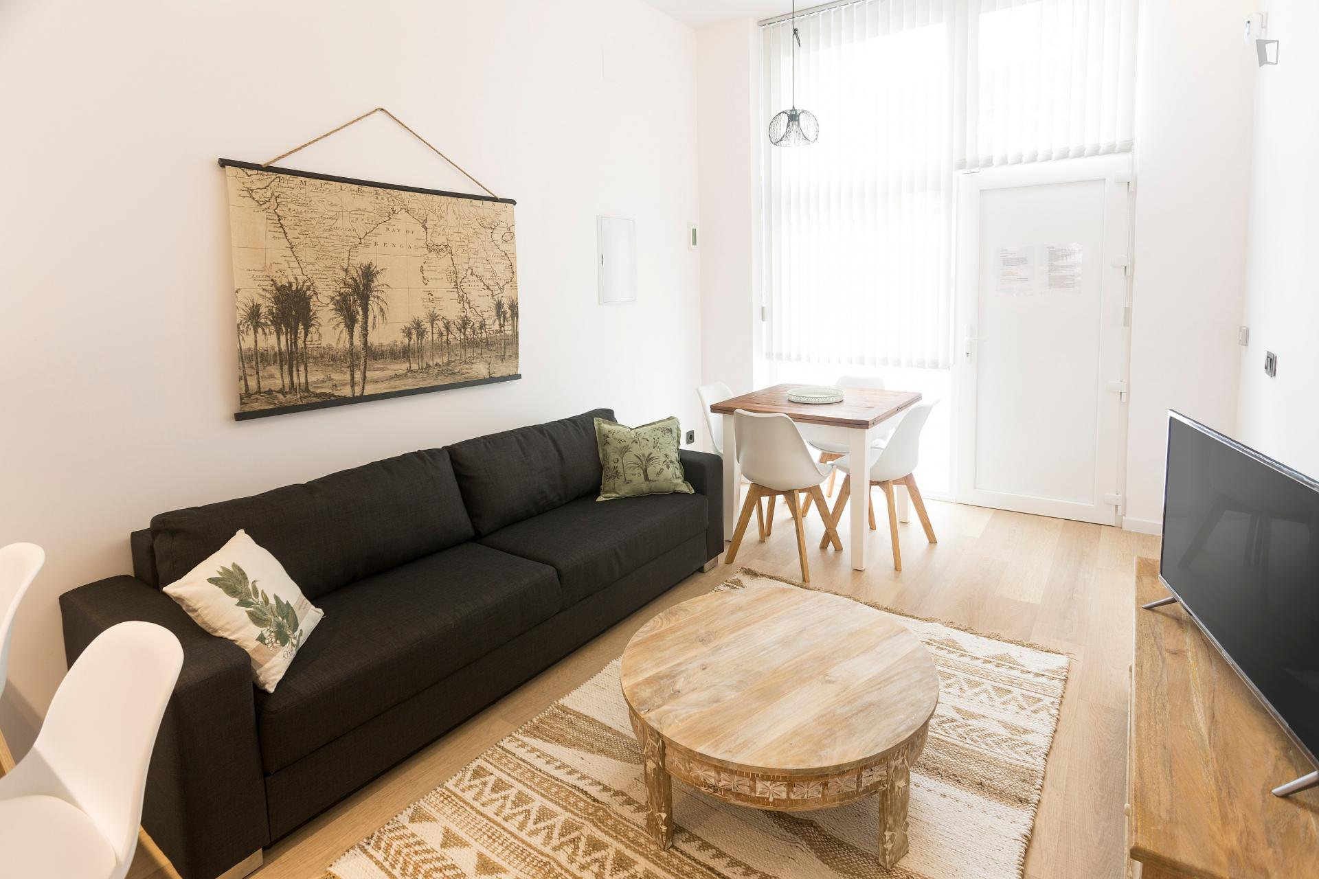 Cos - One bedroom home in Madrid