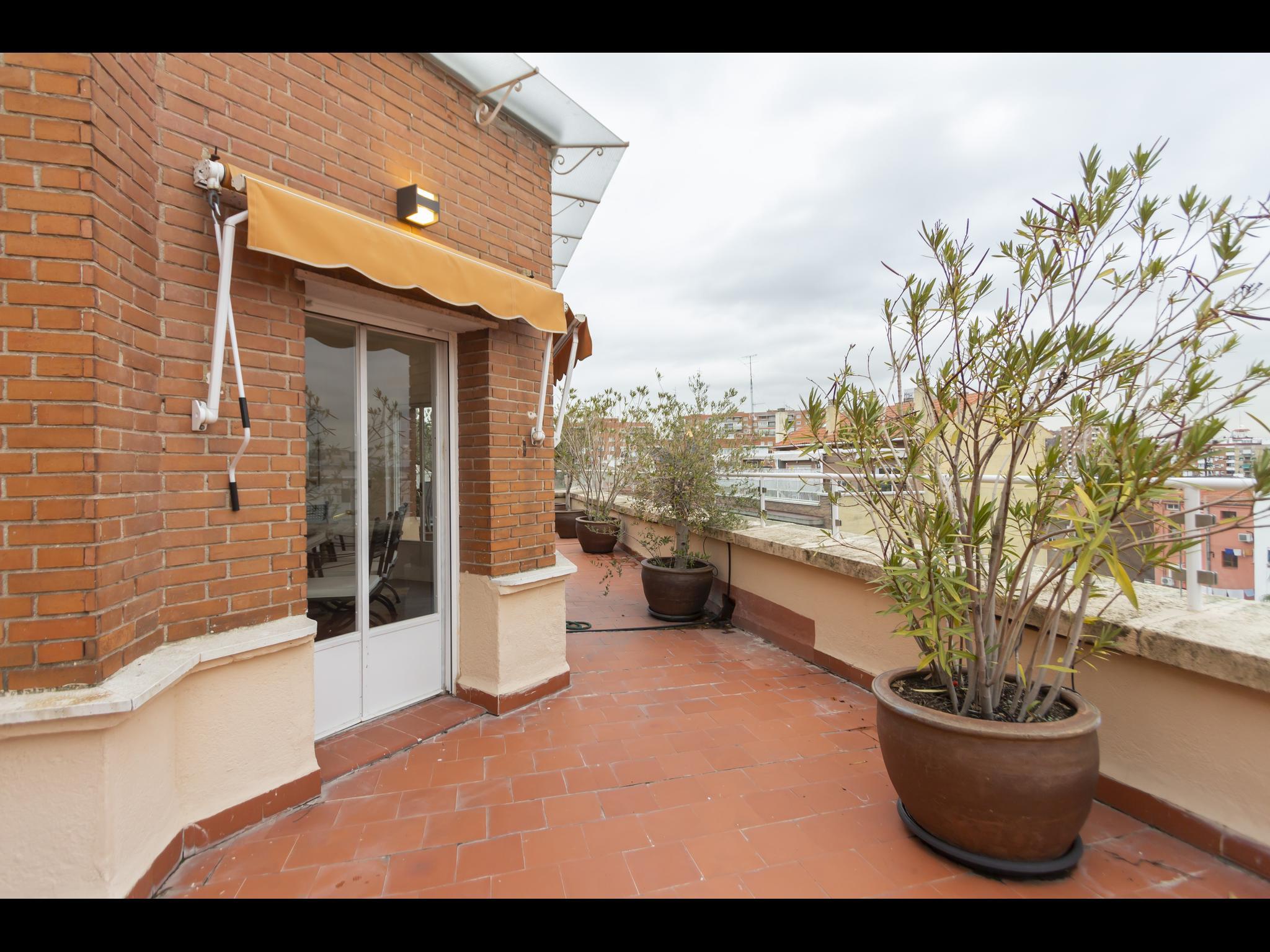 Colomer - Piso 4 dormitorios en Madrid