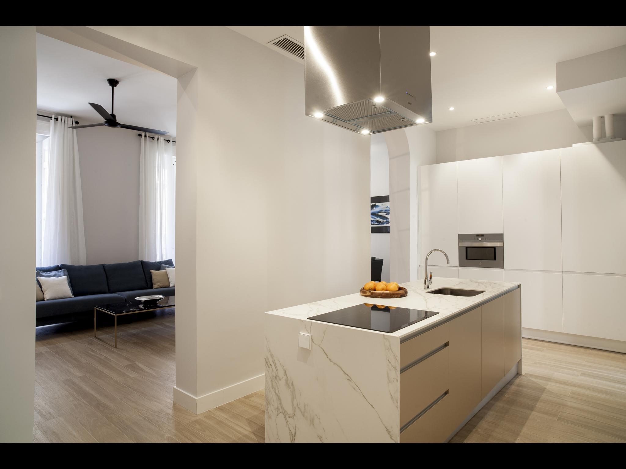 Puebla es un apartamento de lujo en Madrid para expats. Está situado en la calle de la Puebla, Madrid.