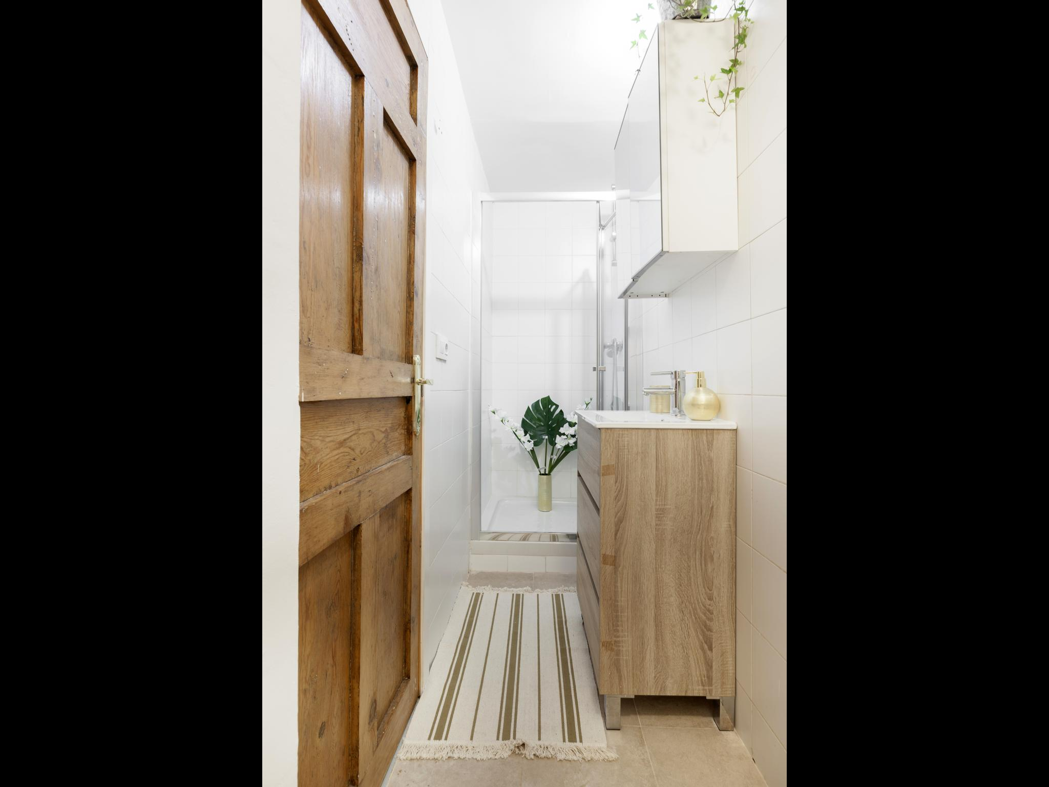 Ave María - Furnished house in Madrid