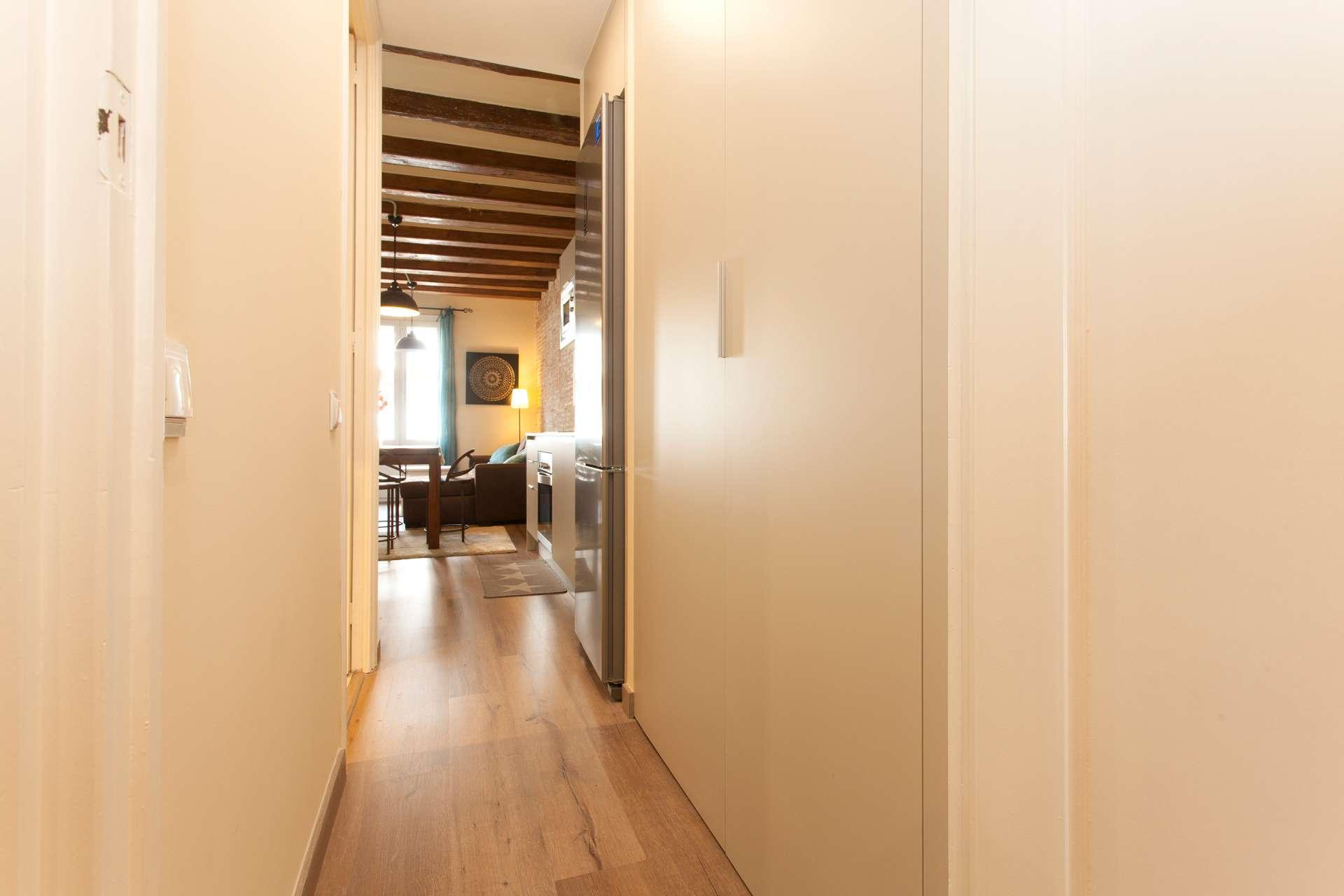 Girona - Casa de dos dormitorios en Barcelona