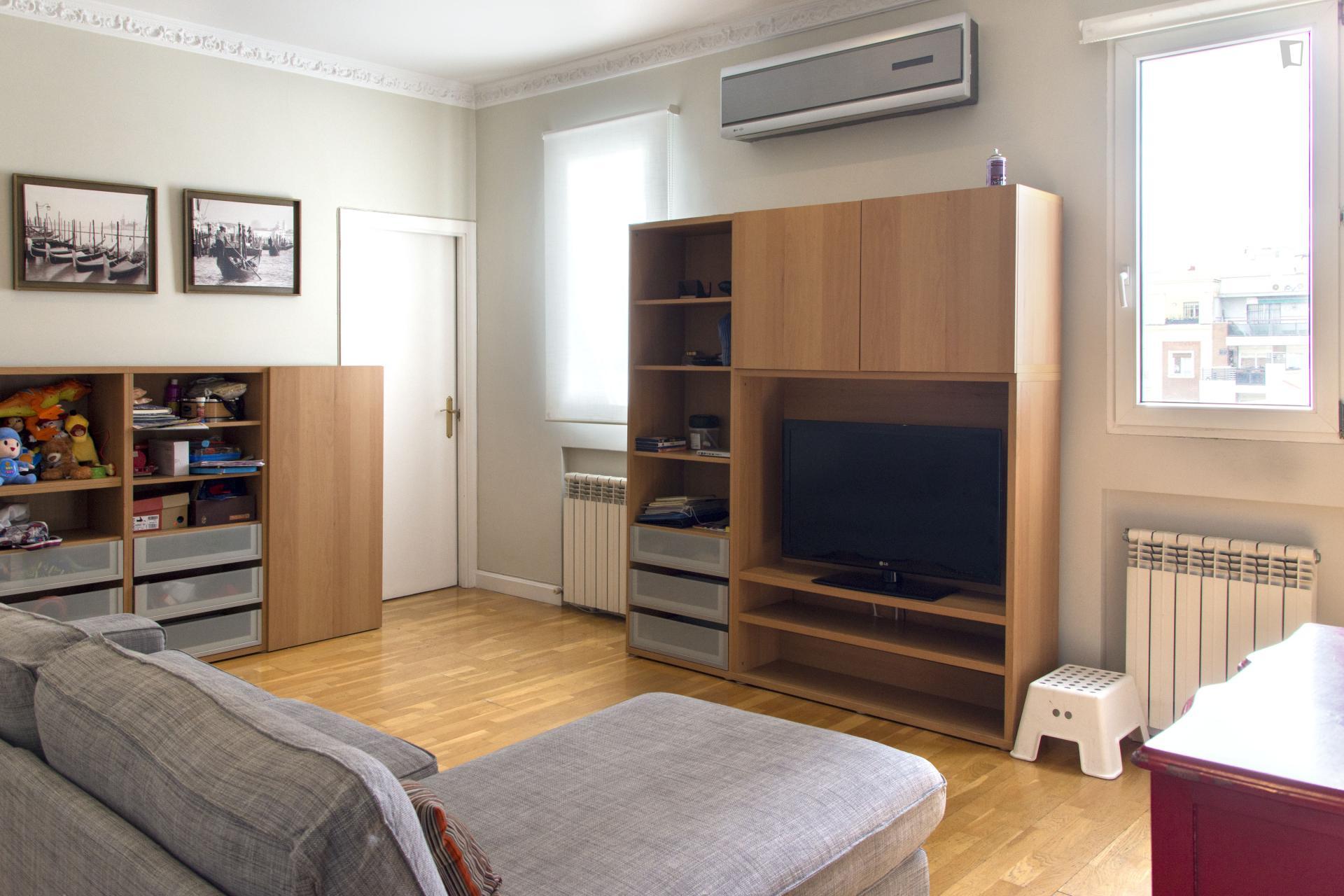 Peñalver - Entry ready apartment in Madrid