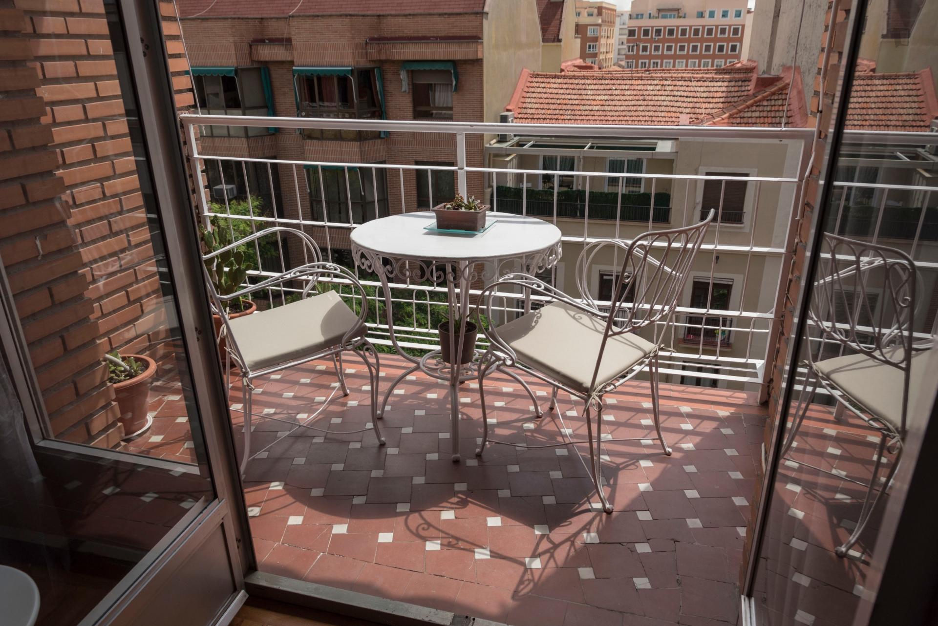 Galileo - One bedroom apartment in Madrid
