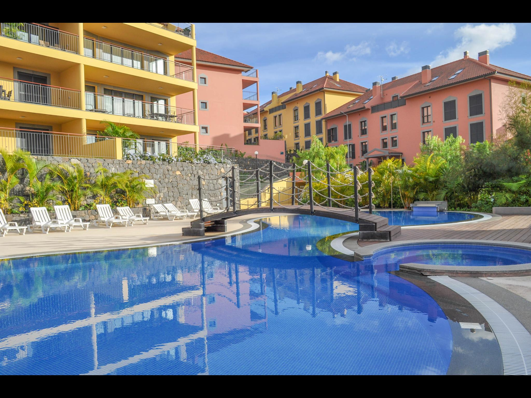 Vidal - Flat in a residential area in Funchal