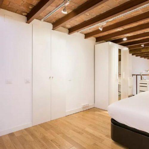 Espacioso y moderno piso en Barcelona