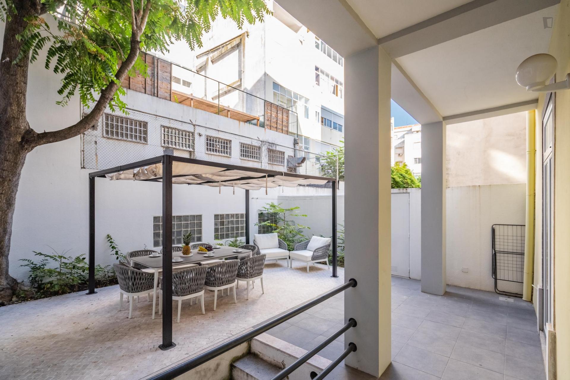 Farmacêutica- Piso de lujo de 4 cuartos en Lisboa