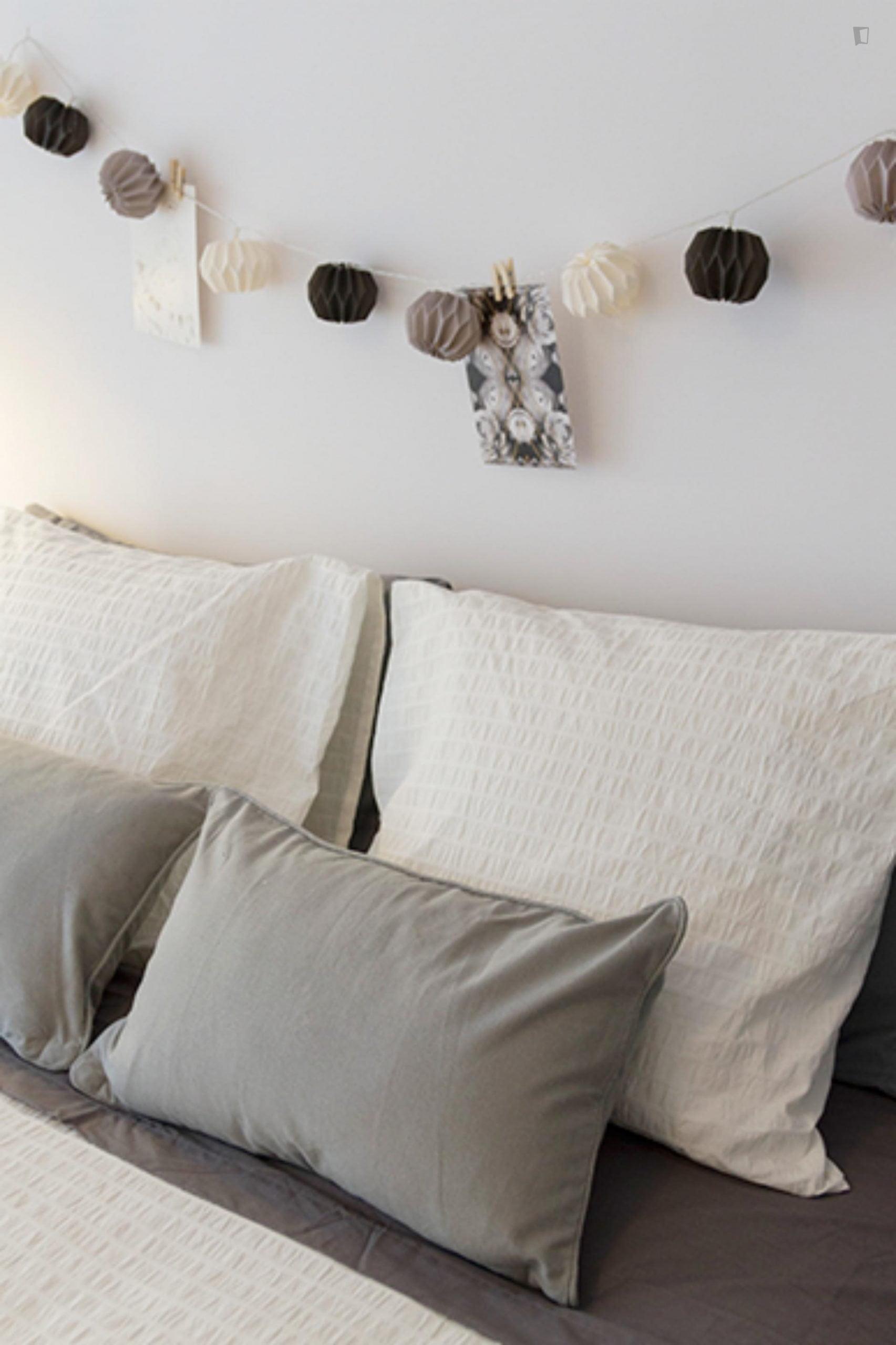 Kalea 19- Elegant Room in shared flat