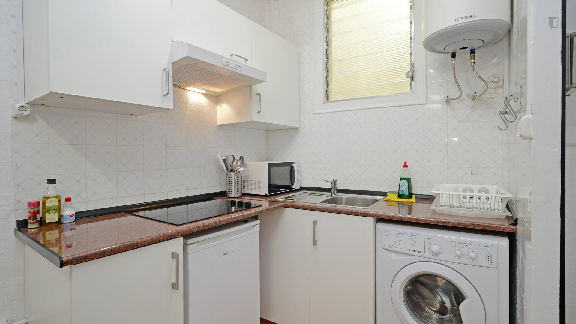 Ferlandino - Bedroom in a shared flat in Barcelona