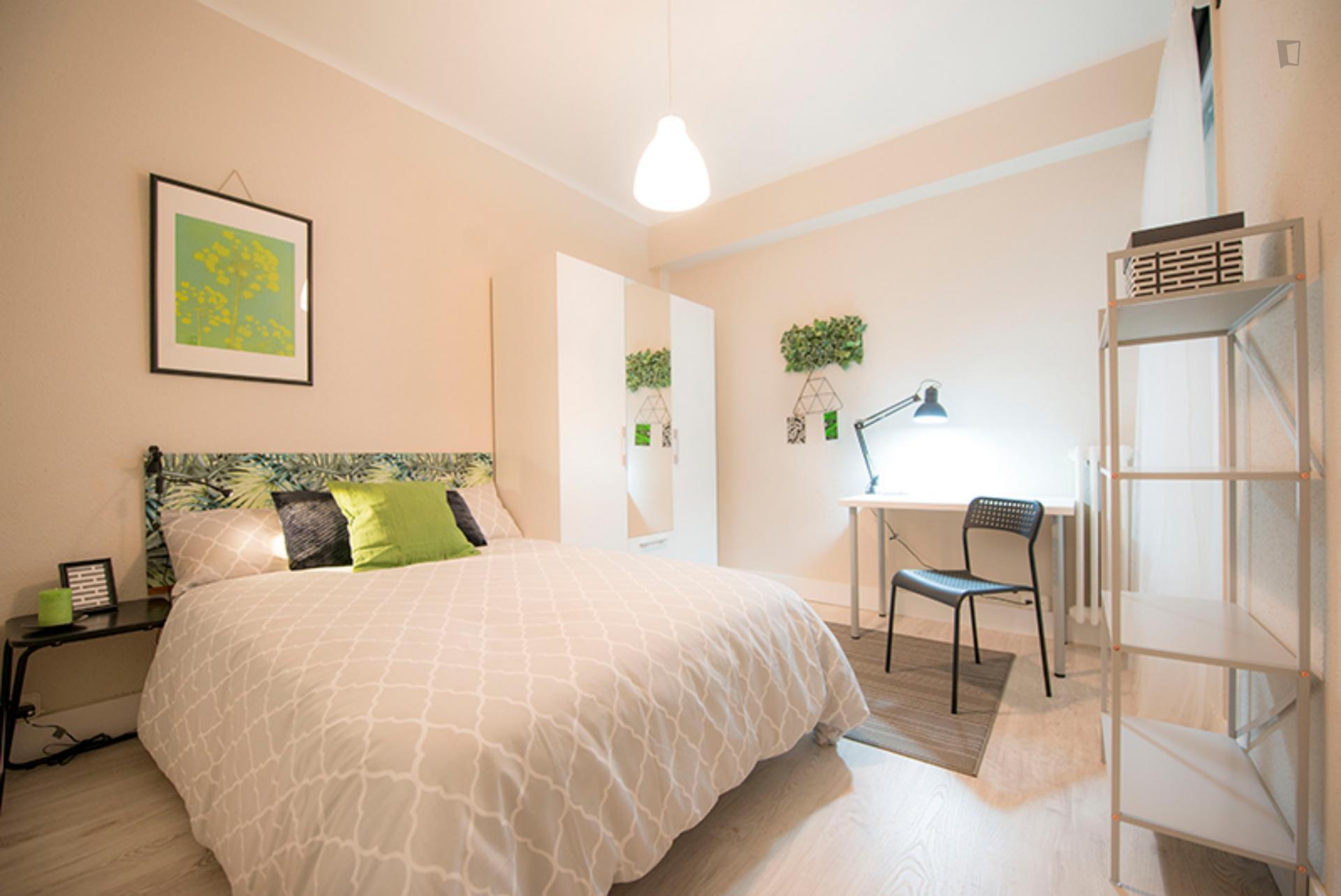 Ametzola - Double bedroom in Bilbao