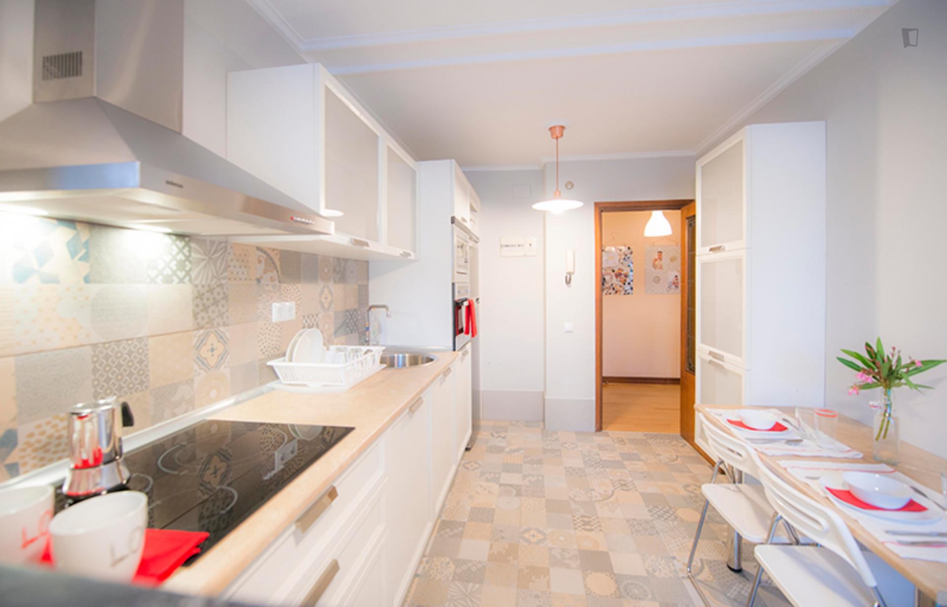Etxetaldea- Cómoda Habitación en Piso Compartido Bilbao