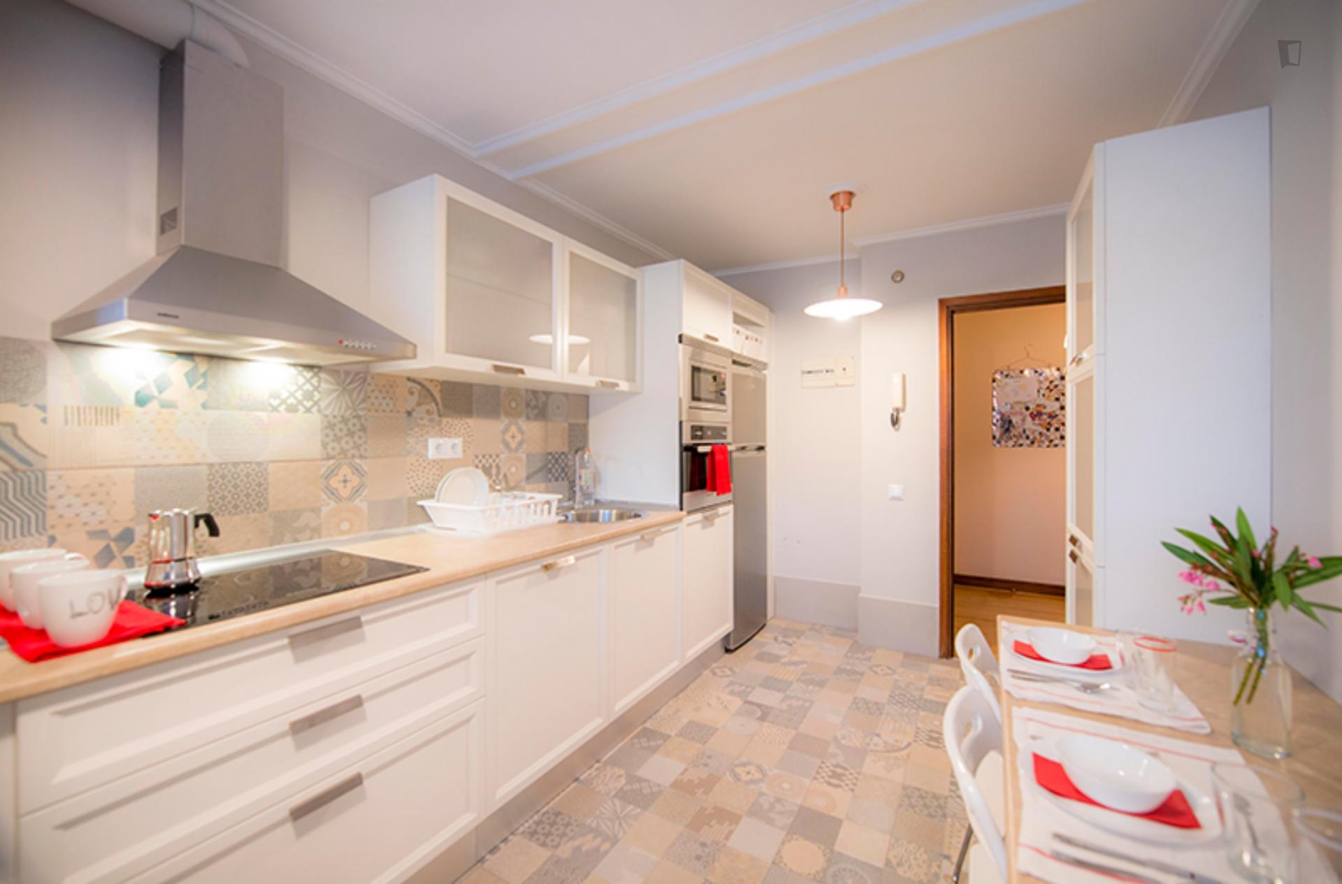Etxetaldea- Cozy Room in Shared Flat Bilbao