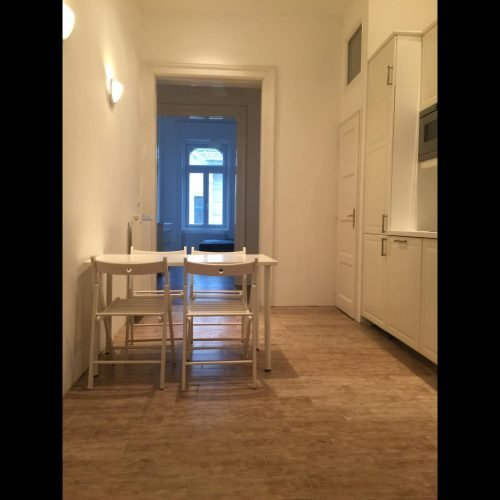 Zichy - Bedroom in renovated flat Budapest