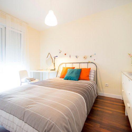 Kalea 16- Spacious Room in Shared Flat in Bilbao