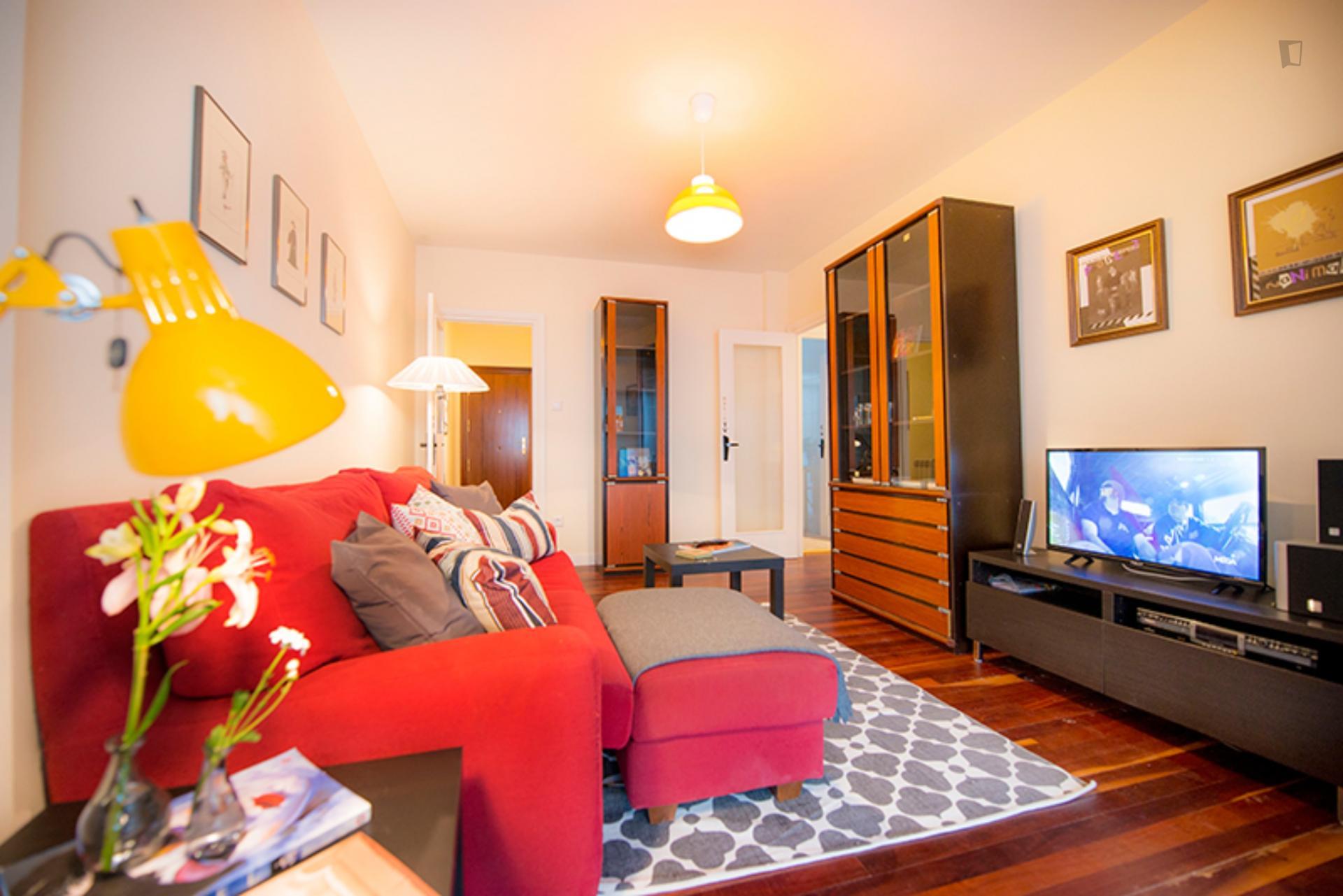 Kalea 16- Spacious Room in Shared Flat