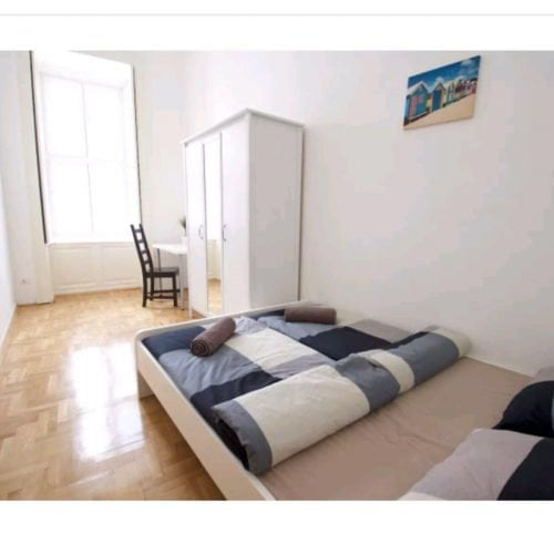 Iranyi - Bedroom shared flat in Budapest