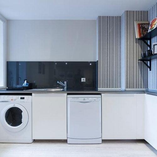 Kalea 10 - Modern bedroom in Bilbao